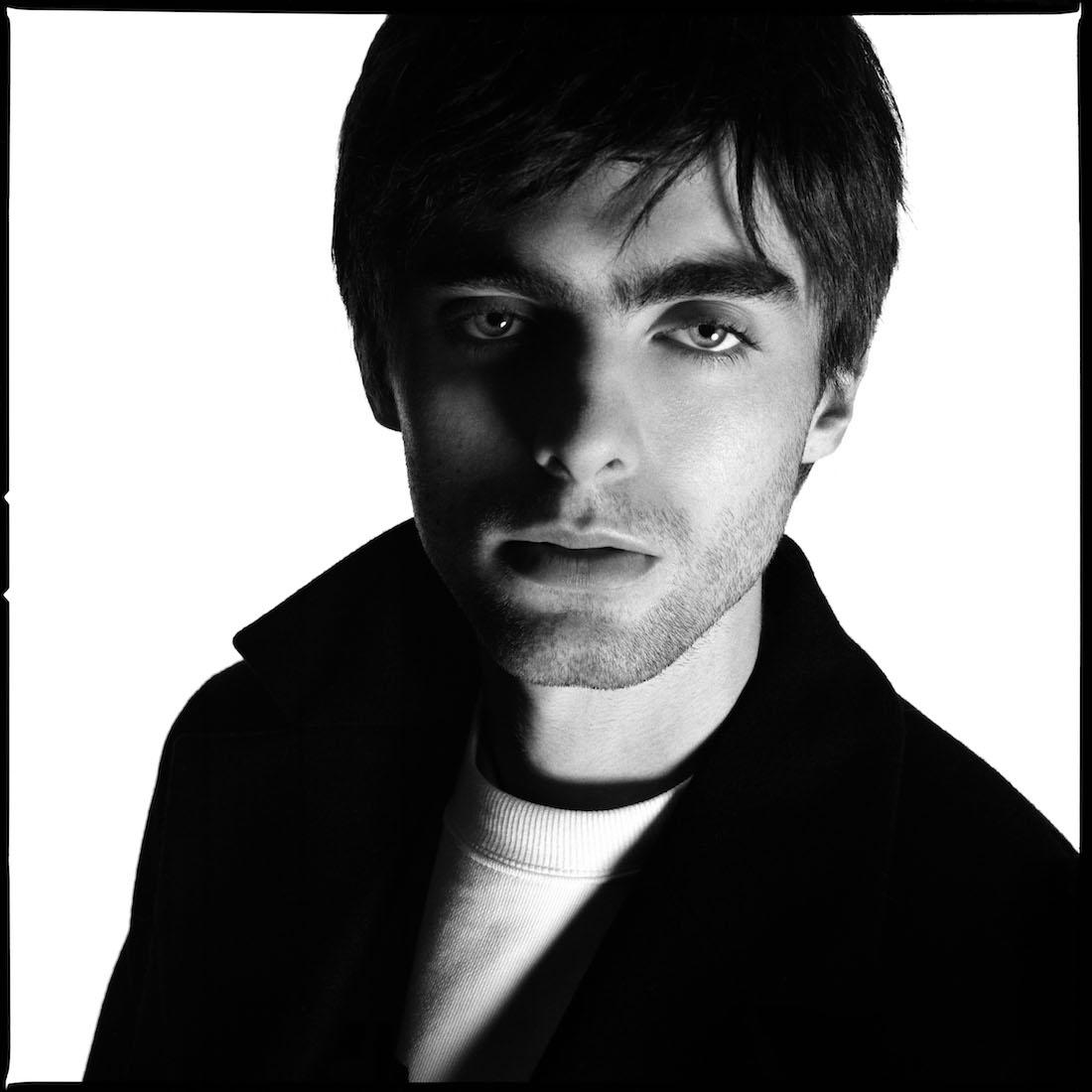 177 5619 Lennon Gallagher Zara Man Z 6